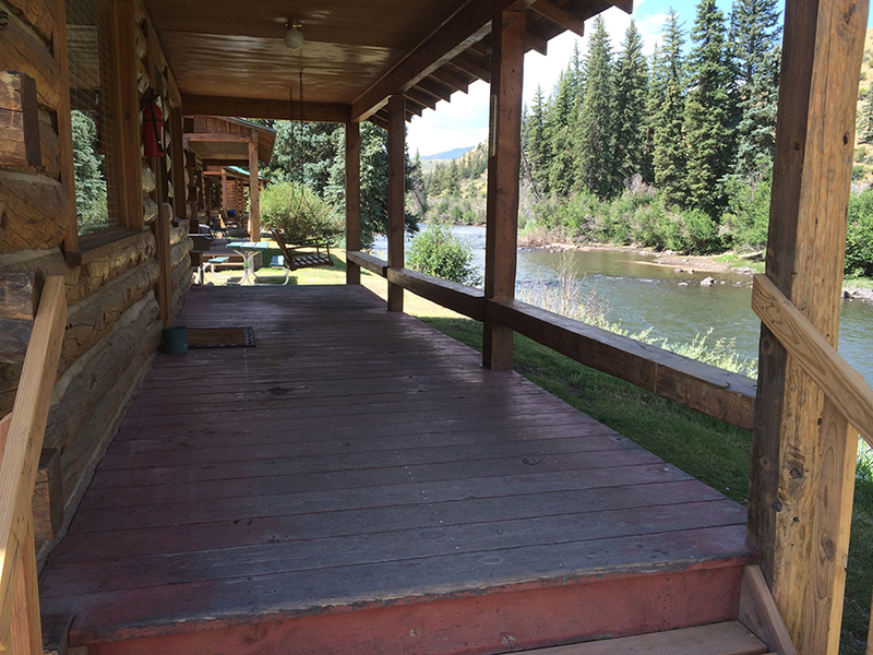 Colorado fly-fishing property for sale