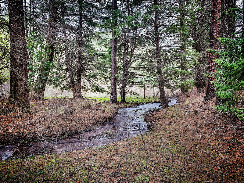 Acreage for sale in Oregon